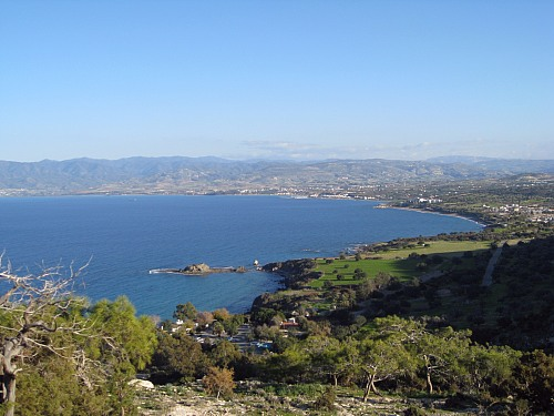 Chrysochous Bay (CYPRUS): Chrysochous Bay in the north west of the island of cyprus is a comapartively remote part of Southern Cyprus. Currently